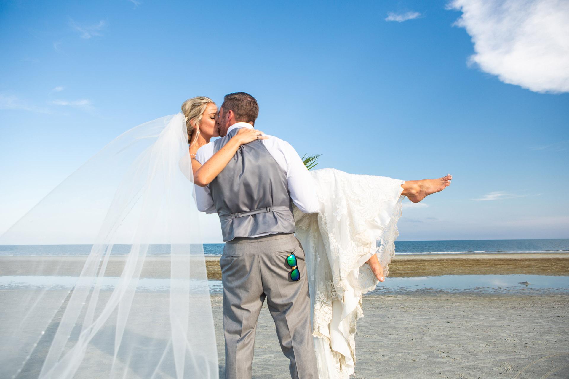 Amy And Rich Wedding Sneak Peek By Savannah Photo Beach House Resort Hilton Head Island023
